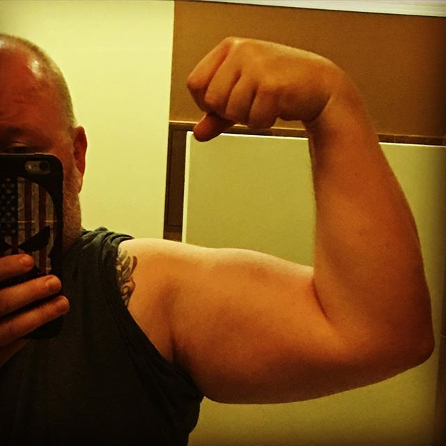 Flex Friday!!! Slowly but surely things are shaping up nicely!!